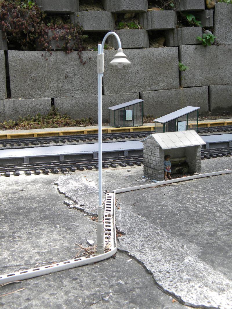 Modelleisenbahn-Außenanlage im Heizhaus Strasshof 19994808as