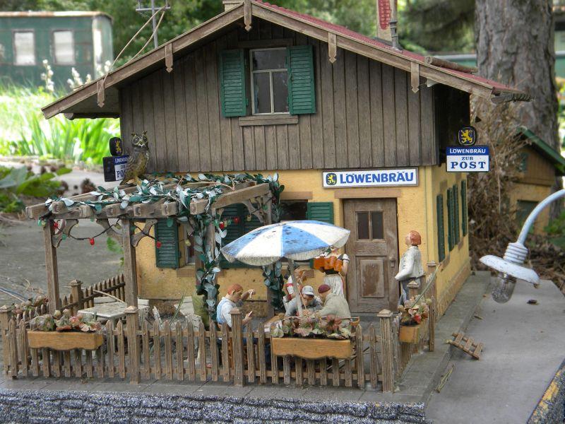 Modelleisenbahn-Außenanlage im Heizhaus Strasshof 19994951bx