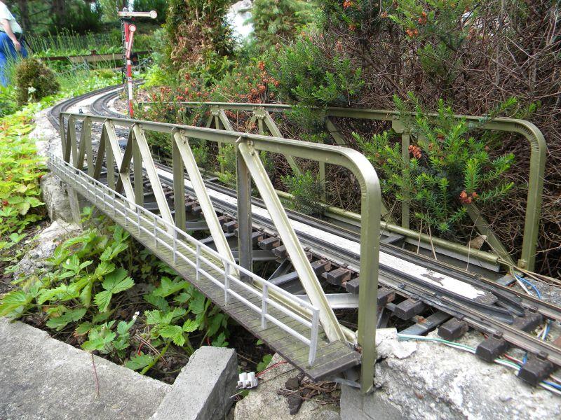 Modelleisenbahn-Außenanlage im Heizhaus Strasshof 19994958mo