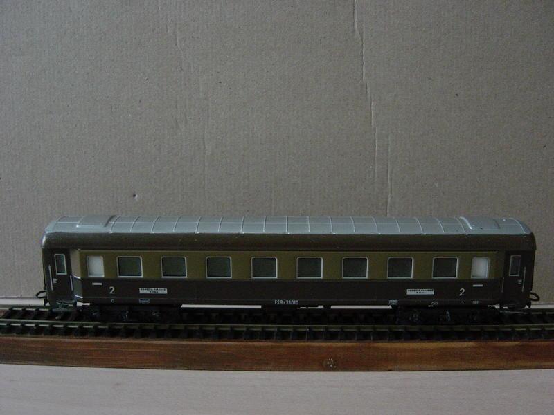Ital. Personenwagen (MÄRKLIN Art.Nr.4036) 20251043eq