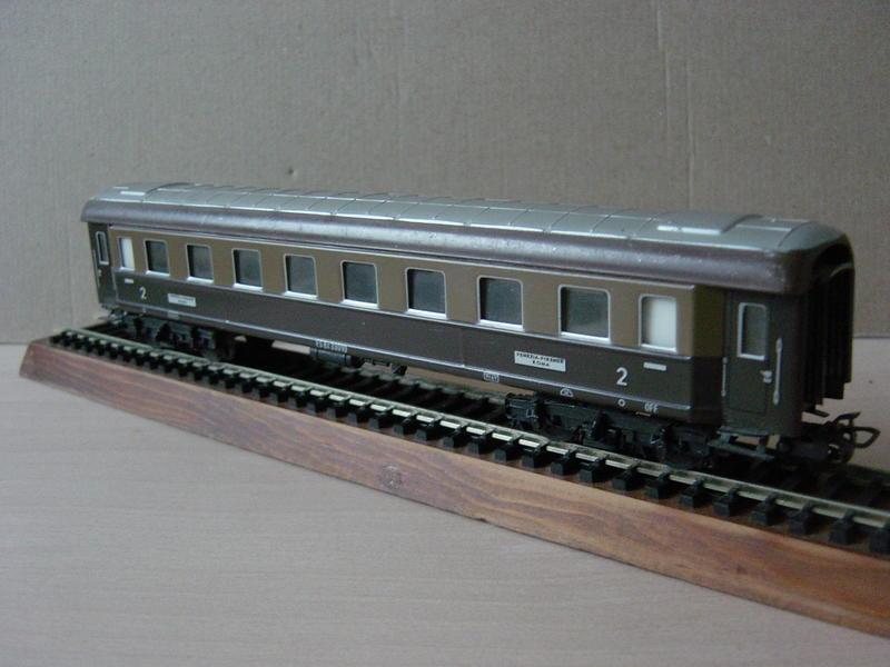 Ital. Personenwagen (MÄRKLIN Art.Nr.4036) 20251049bp