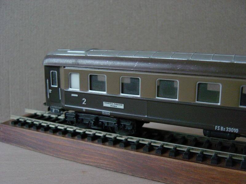 Ital. Personenwagen (MÄRKLIN Art.Nr.4036) 20251074cn