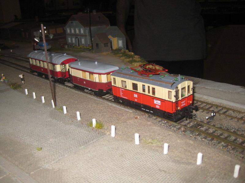 Elektrischer Gütertriebwagen auf Kleinbahnstrecke 20400335bc