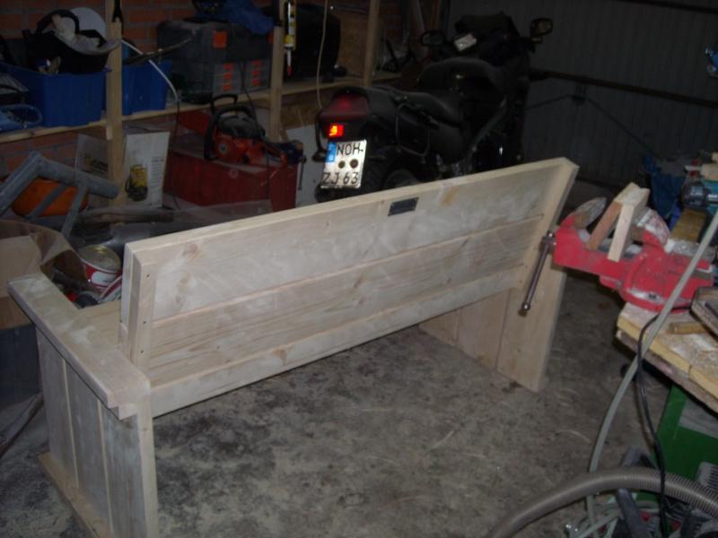 holzschutz f r gartenbank woodworker. Black Bedroom Furniture Sets. Home Design Ideas