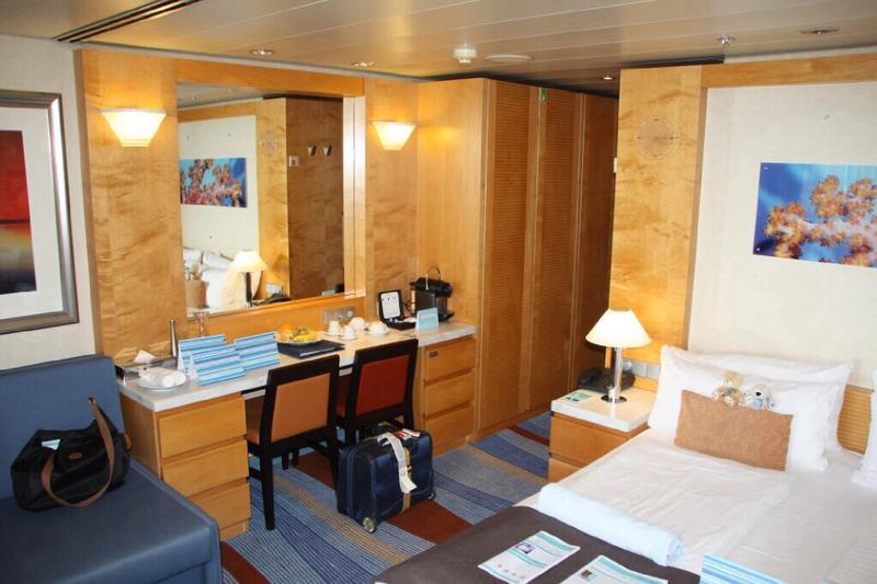 Mein Schiff 2 Deck plan & cabin plan - Seascanner.com
