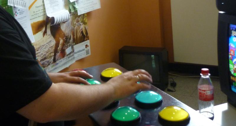 Lange Nacht der Computerspiele: Aktivitäten Ecke im Foyer.