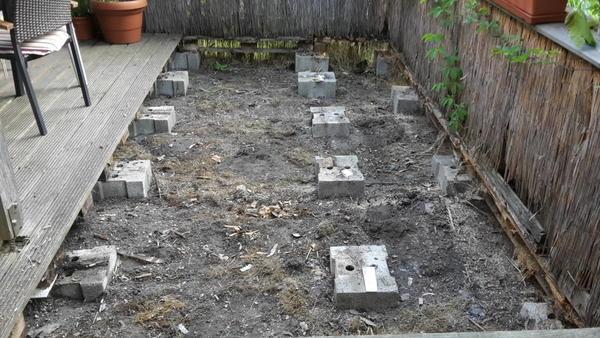 Terrassenrenovierung neuer boden untergrund mein for Boden untergrund