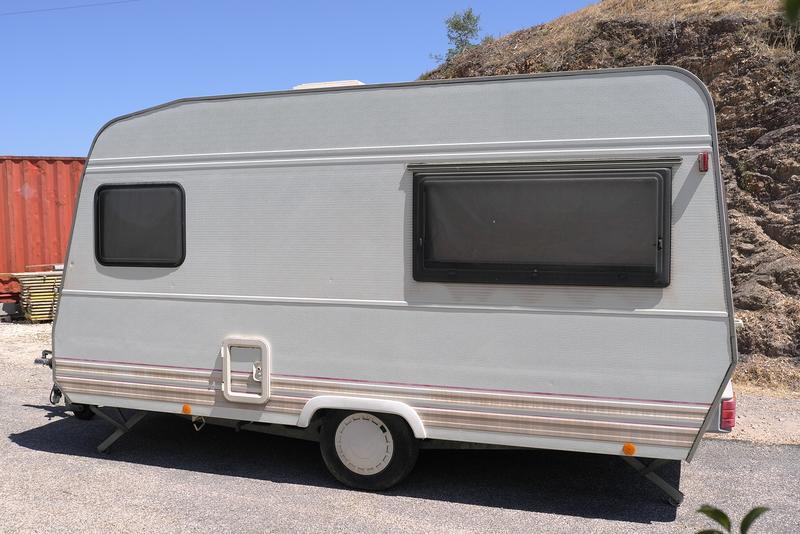 wohnwagen zu verkaufen das portugalforum. Black Bedroom Furniture Sets. Home Design Ideas