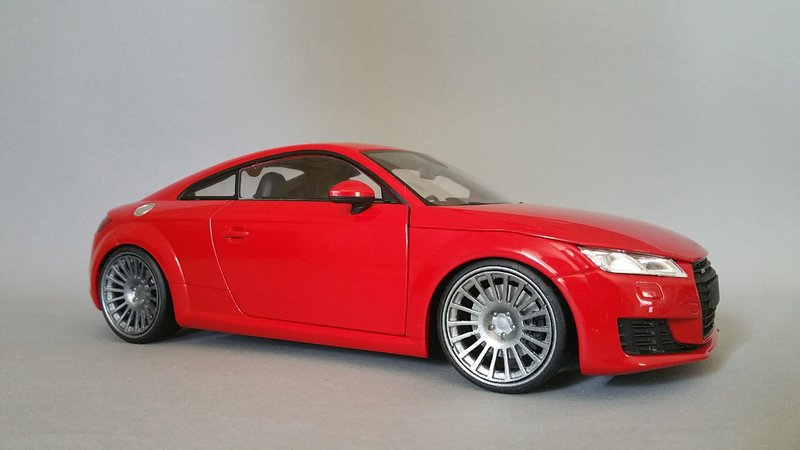 1 18 audi tt 8s auf rotiform modelcarforum. Black Bedroom Furniture Sets. Home Design Ideas