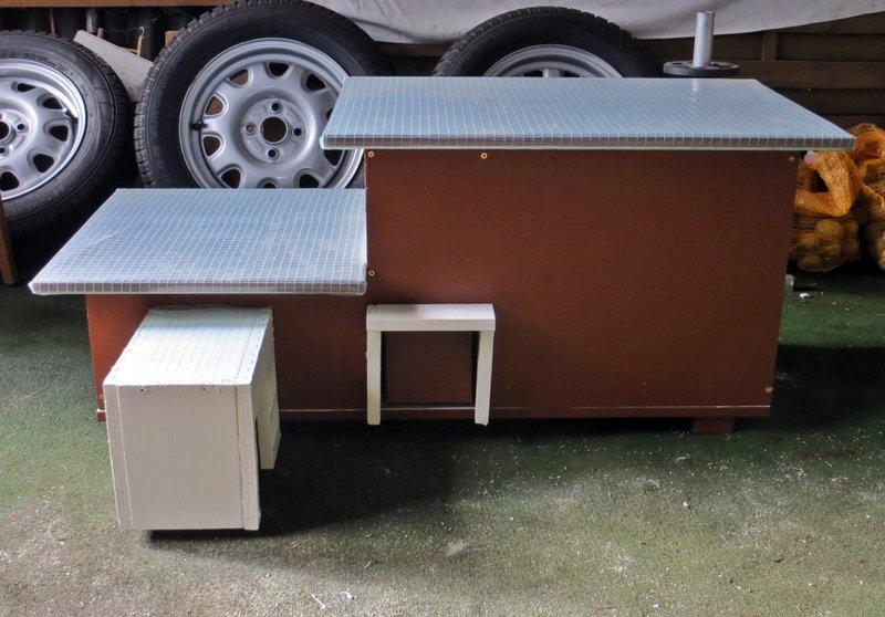 gartenigelhaus kleinen igel gefunden was tun igel. Black Bedroom Furniture Sets. Home Design Ideas