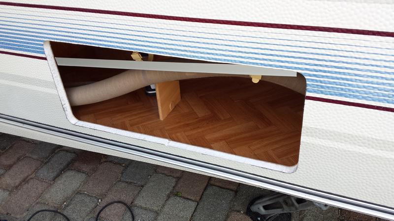 serviceklappen einbauen einbauberichte von zubeh r restaurierungen reparaturen. Black Bedroom Furniture Sets. Home Design Ideas