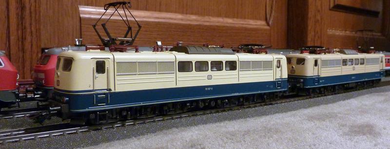 Märklin 3058 (151 104-7) in der letzten Ausführung aus dem Jahr 1990 23959587pn