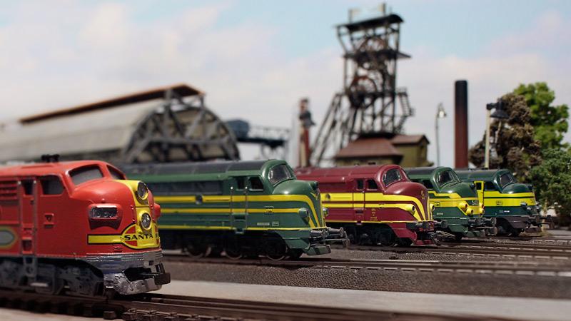 Amerikanische Diesellok zu Testfahrten in Europa 24094003eq
