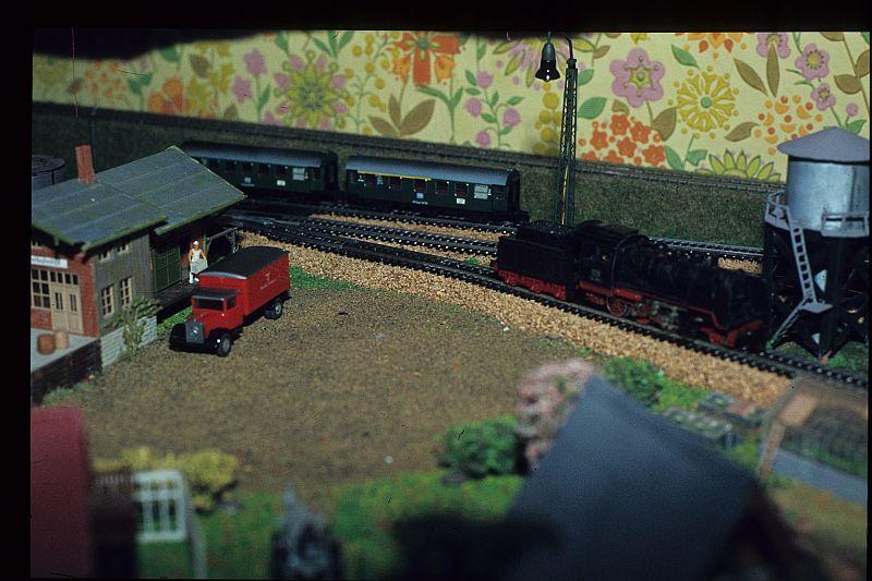 Rokal-Bahn der Kindheit 24165034un