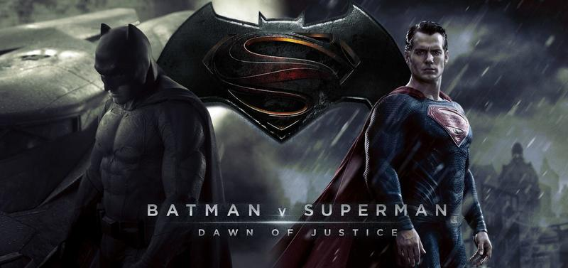 Batman v Superman Actionfiguren und Statuen