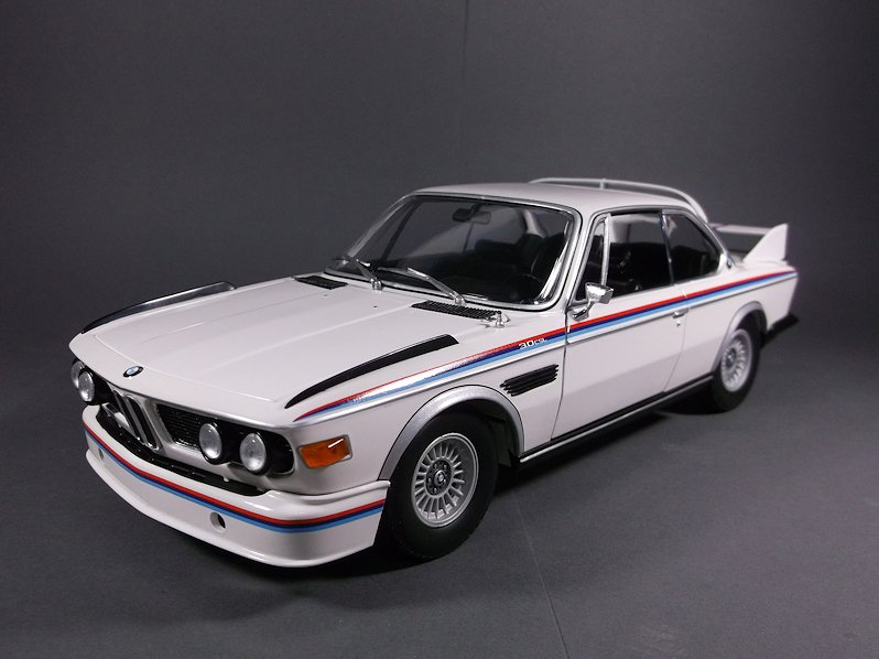 1 18 bmw 3 0 csl heritage collection modelcarforum. Black Bedroom Furniture Sets. Home Design Ideas