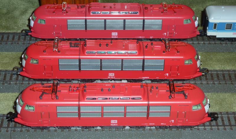 Vergleich Wechselstrom Modelle der BR 103 in orientrot 24423695au