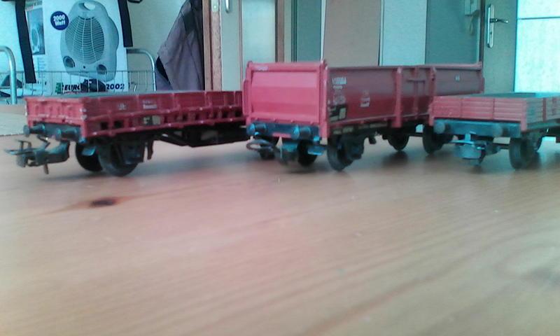 Alte Güterwagen v. Dachboden 24500726yu