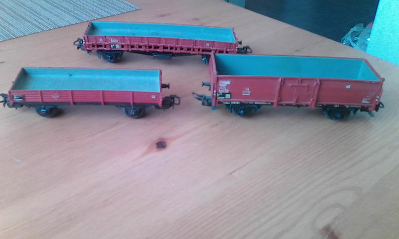 Alte Güterwagen v. Dachboden 24500728vb