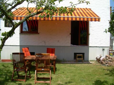 entscheidung getroffen welche apricot rosa orangene kletterrose passt dazu mein sch ner. Black Bedroom Furniture Sets. Home Design Ideas