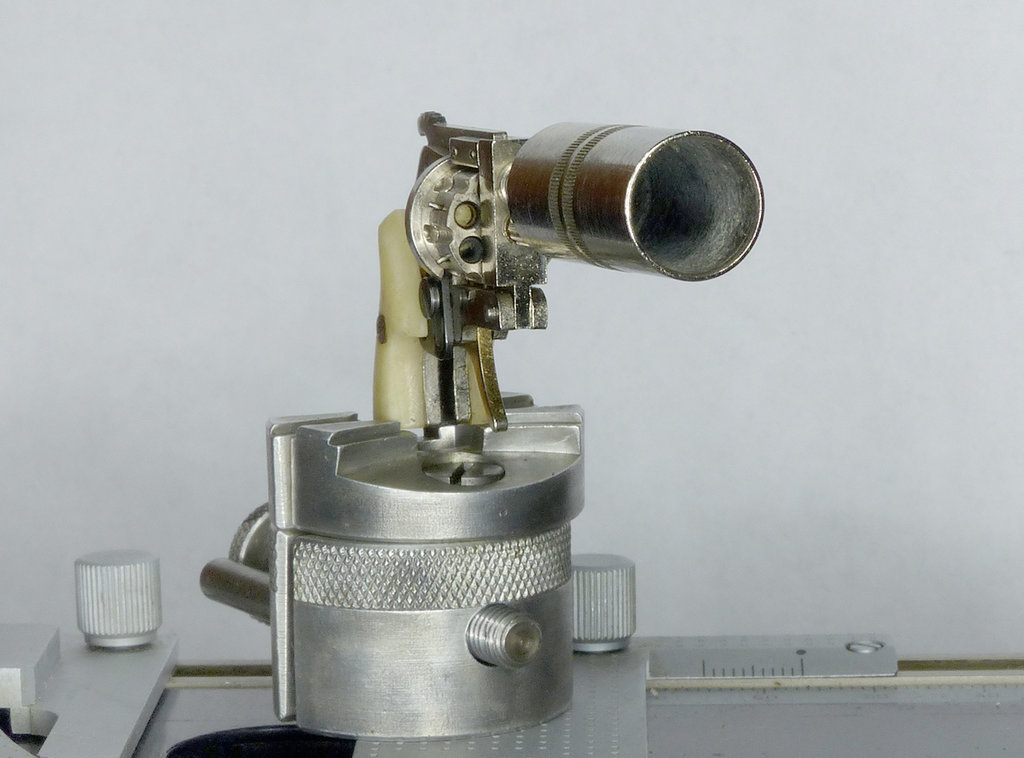 tischkanone mit 6mm flobert knall gas schreckschuss. Black Bedroom Furniture Sets. Home Design Ideas