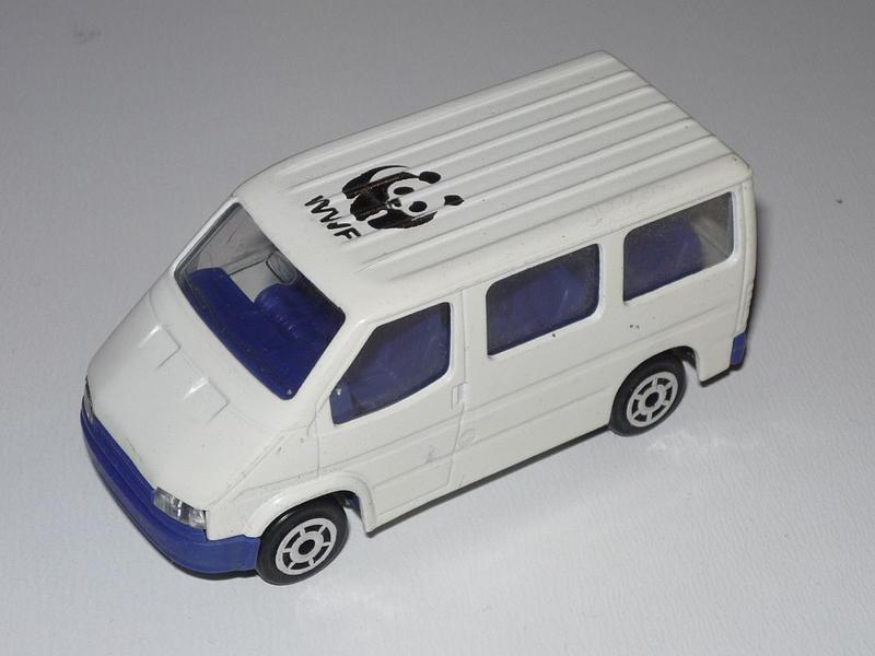 N°243 Ford Transit 24853432la