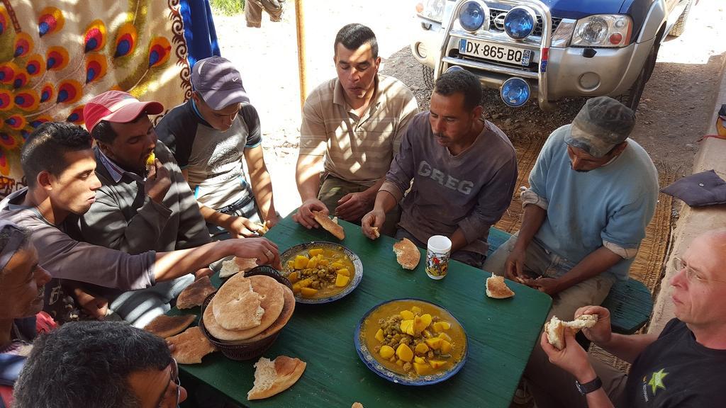 Buschtaxi.net • Anreise Marokko Erfahrungen Tipps ?: http://forum.buschtaxi.org/anreise-marokko-erfahrungen-tipps-t55399.html