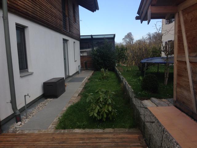 Kleinen garten aufh bschen brauche dringend hilfe for Gartengestaltung ostseite