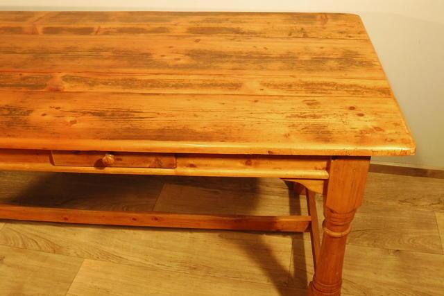Weichholz wohnzimmertisch tisch esstisch in weichholz for Wohnzimmertisch und esstisch in einem