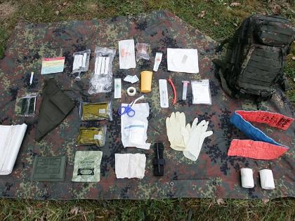 Uniform sanitäter 3fb tarn - Ausrüstung - Militärfahrzeugforum   {Sanitäter bundeswehr 77}