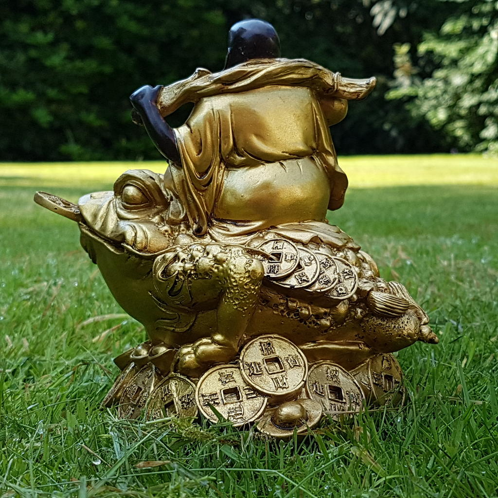 happy buddha auf frosch deko figur feng shui statue budda on frog joga gl ck ebay. Black Bedroom Furniture Sets. Home Design Ideas