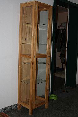 v glasvitrine von ikea. Black Bedroom Furniture Sets. Home Design Ideas