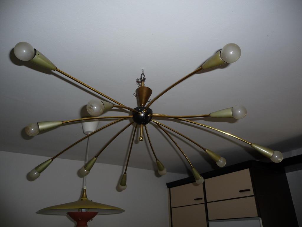 lampe verkabeln lampe anschliessen 2 lampen und einen schalter anschlie en elektronik. Black Bedroom Furniture Sets. Home Design Ideas