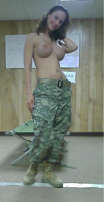 http://up.picr.de/27013502mw.jpg