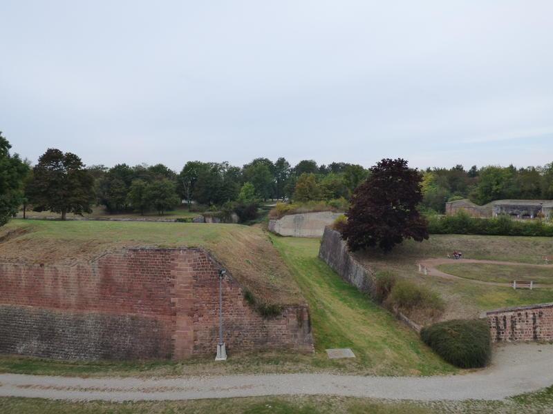 Die Festung Neuf Brisache = Neu Breisach 27287710at