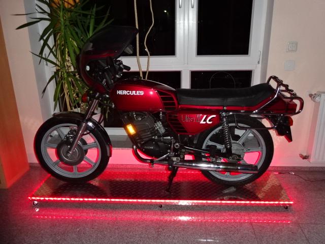Weihnachtsbeleuchtung Forum.Weihnachtsbeleuchtung Am Moped Forum Der Hercules Ig E V