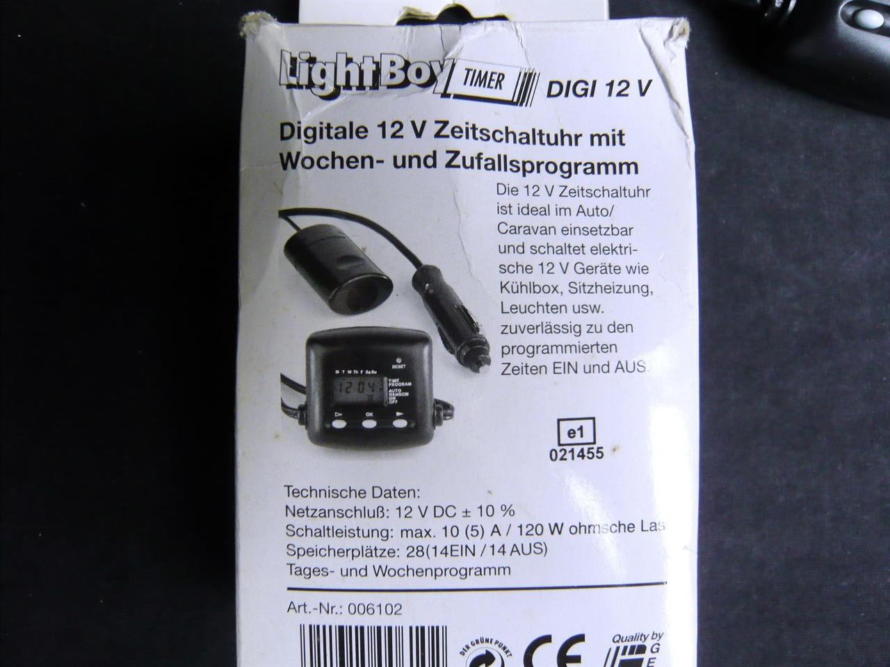 digitale 12 volt zeitschaltuhr mit wochen zufallsprogramm ab 1 euro ebay. Black Bedroom Furniture Sets. Home Design Ideas