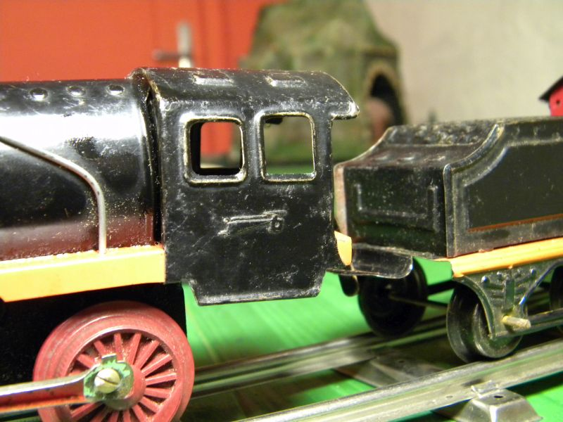Aufziehbahn von Beckh in Spur 0, Lokomotive mit Kunststoffrädern 27662107ro
