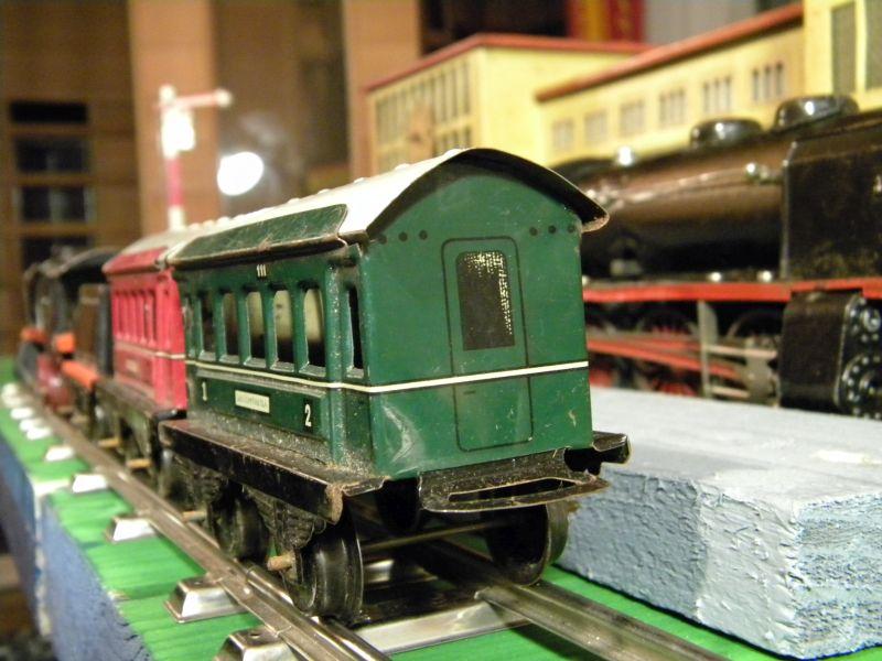Aufziehbahn von Beckh in Spur 0, Lokomotive mit Kunststoffrädern 27662109dj
