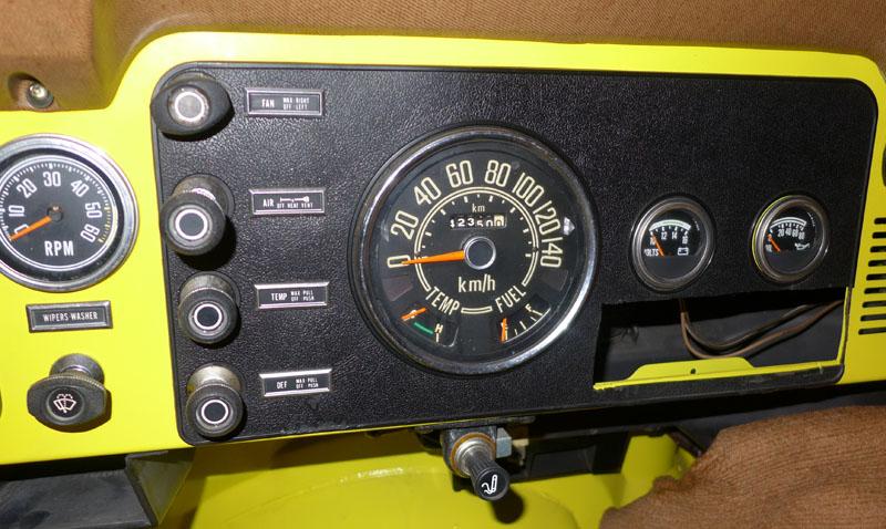 Restauration et prépa CJ7 V-8 AMC 360 Golden Eagle 27711734wa