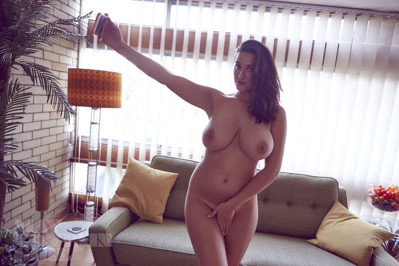 http://up.picr.de/27925795ph.jpg