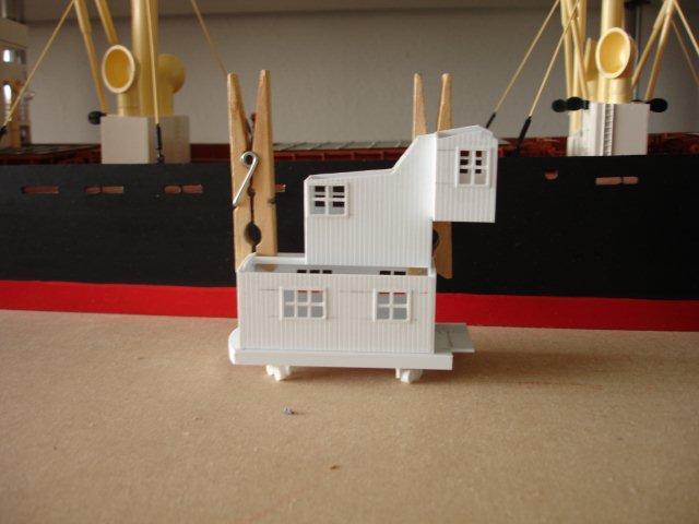 Baustufenbilder eines Hafenkran in H0 27929362tw