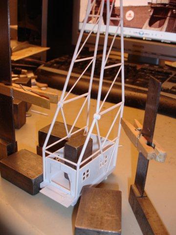 Baustufenbilder eines Hafenkran in H0 27929373fy