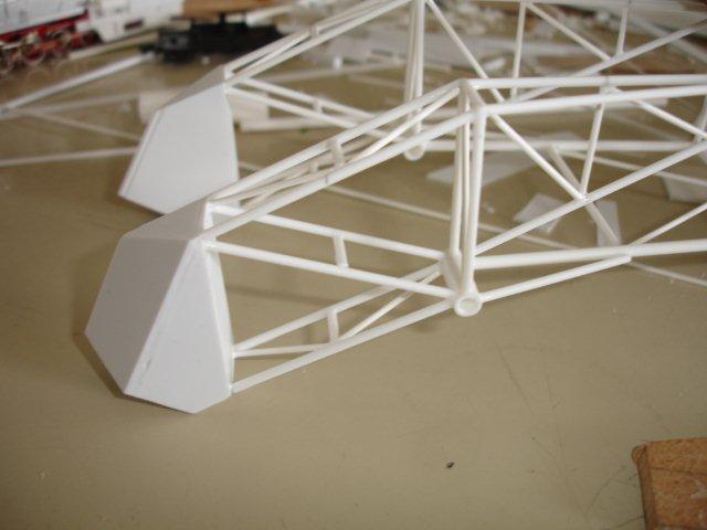Baustufenbilder eines Hafenkran in H0 27934807jr