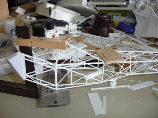 Baustufenbilder eines Hafenkran in H0 27934811qu