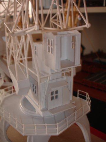 Baustufenbilder eines Hafenkran in H0 27934816in