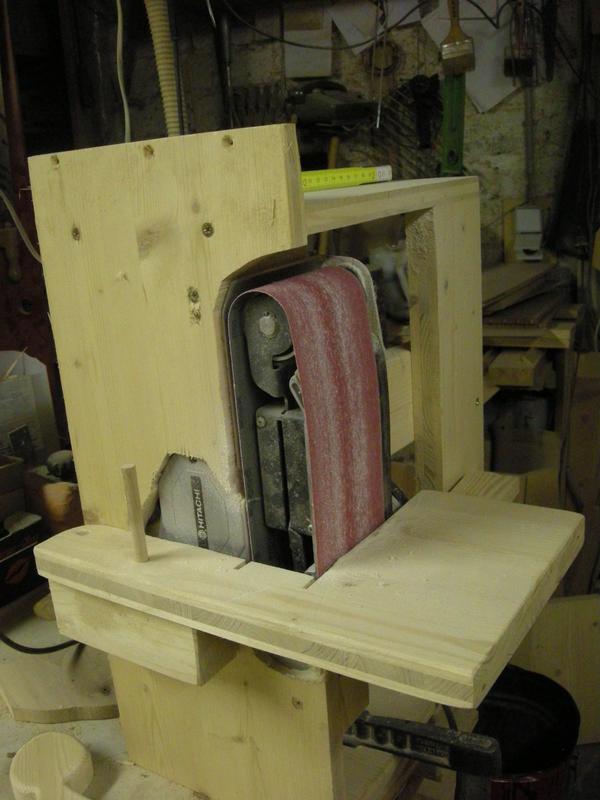 bandschleifer sinnvoll in hobbywerkstatt bei exenter und schwingschleifer. Black Bedroom Furniture Sets. Home Design Ideas