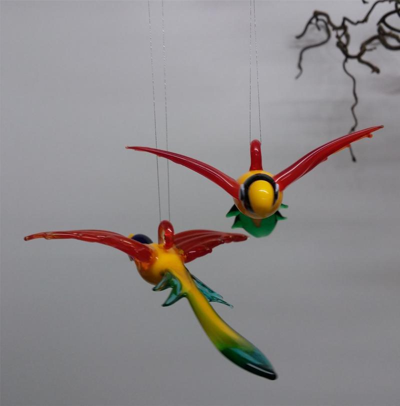 papagei glasfigur korkenzieherweide glastiere zum h ngen. Black Bedroom Furniture Sets. Home Design Ideas