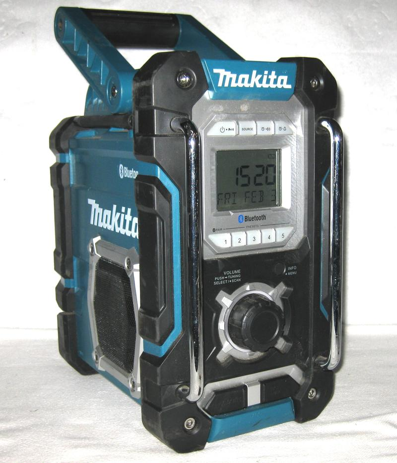 baustellenradio makita dmr108 mit bluetooth usb aux line in radio ebay. Black Bedroom Furniture Sets. Home Design Ideas