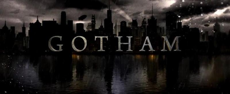 Gotham Actionfiguren und Statuen